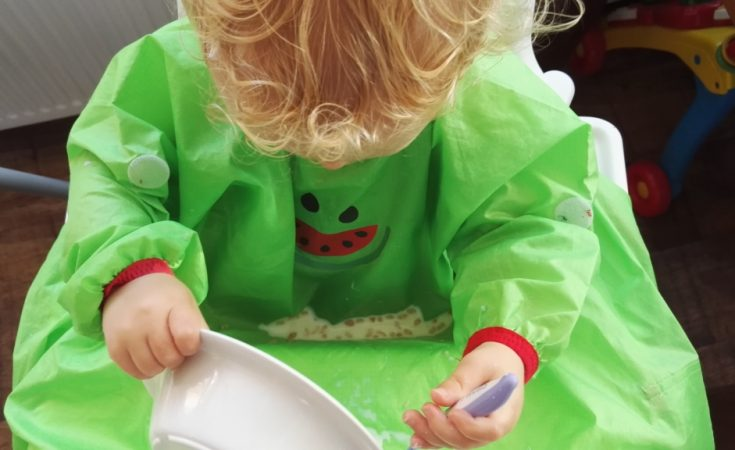 BIBaDO bib for weaning babies and toddlers (7)