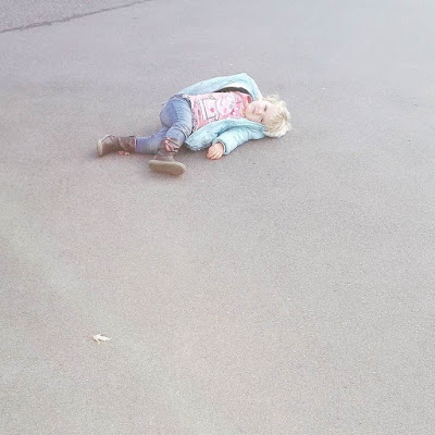 Toddler tantrum on the tarmac