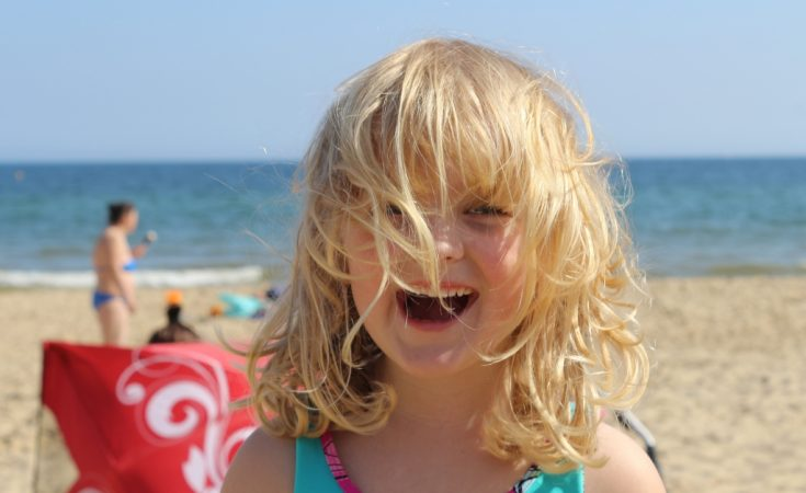 Beach holiday - must haves summer family travel