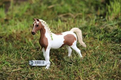 Schleich Horse Club Pintabian mare and stallion