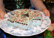 Tesco Free From Vanilla Christmas Jumper Cake Kit