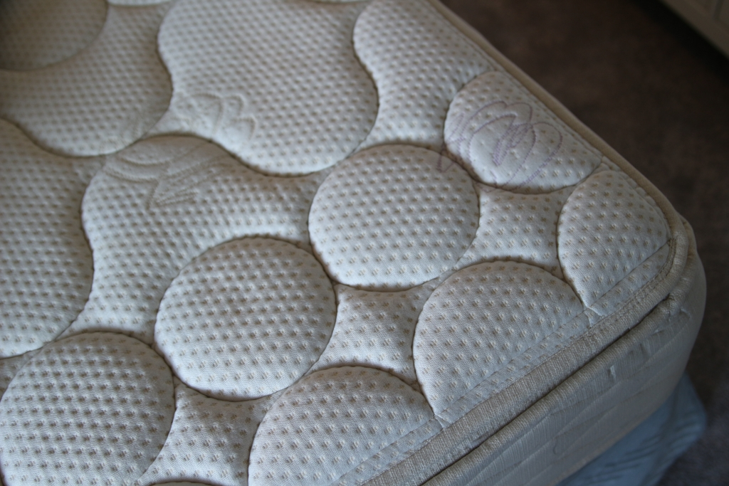 Replacing our mattress for a better night's sleep with Bedguru -posturepedic Sealy pillowtop mattress