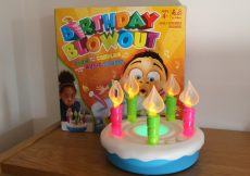 Birthday Blowout review - Hasbro Gaming (14)