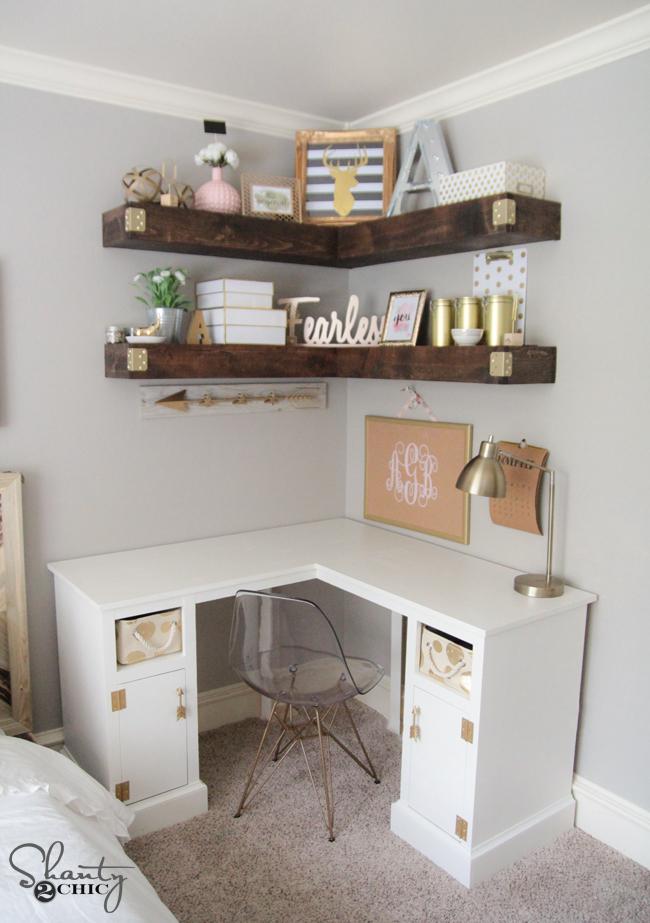 DIY Corner shelves by https://www.shanty-2-chic.com/2015/11/diy-floating-corner-shelves.html?crlt.pid=camp.h62RvvNOBRJe