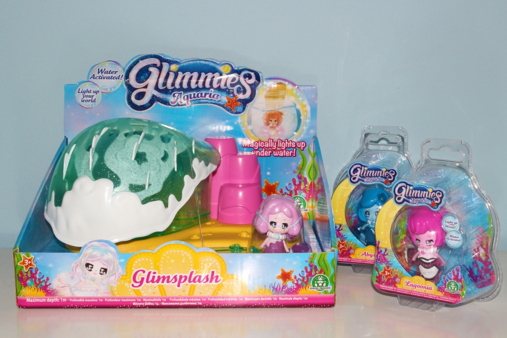 Glimmies Glimsplash Aquaria and dolls