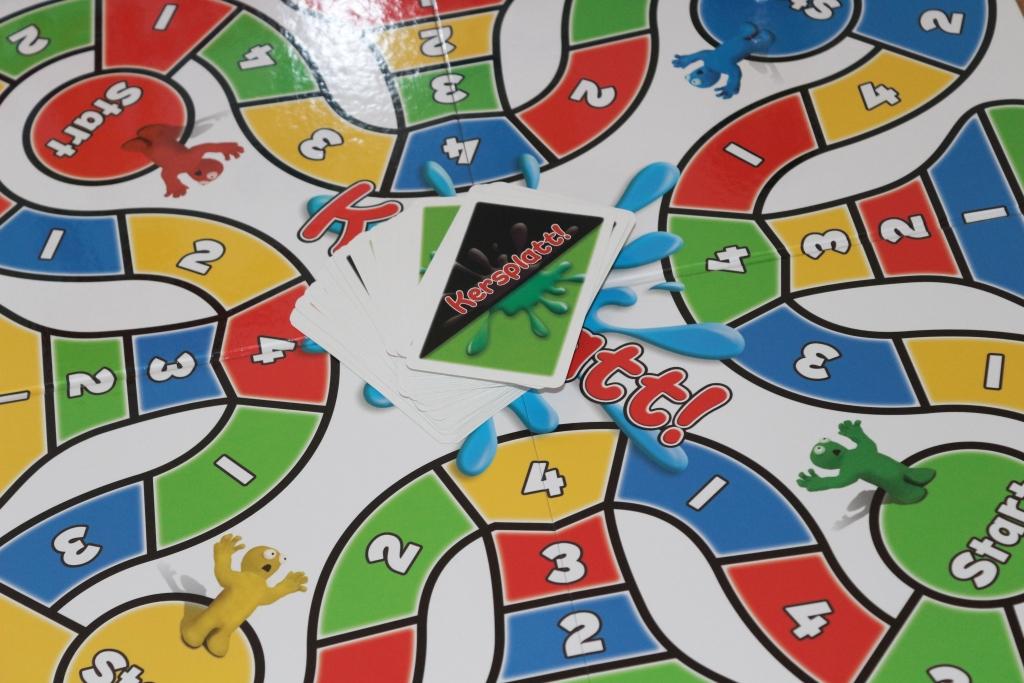 Kersplatt! family board game Paul Lamond Games review of Kersplatt