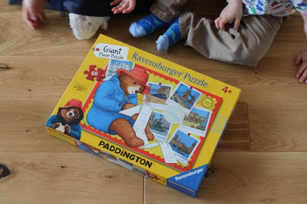 Ravensburger Giant Floor Puzzle Paddington (1)