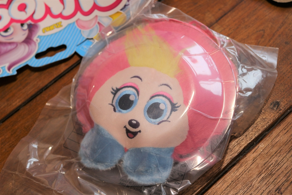 Shnooks Series 2 review Candy-scented plush soft toy (23)