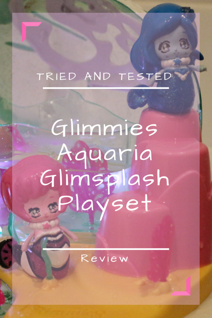 Light up your world with Glimmies Aquaria! Review of the Glimsplash Playset and Glimmies Aquaria bath toys for preschoolers which magically light up under the water! #bathtoys #toys #toyreviews #preschoolers
