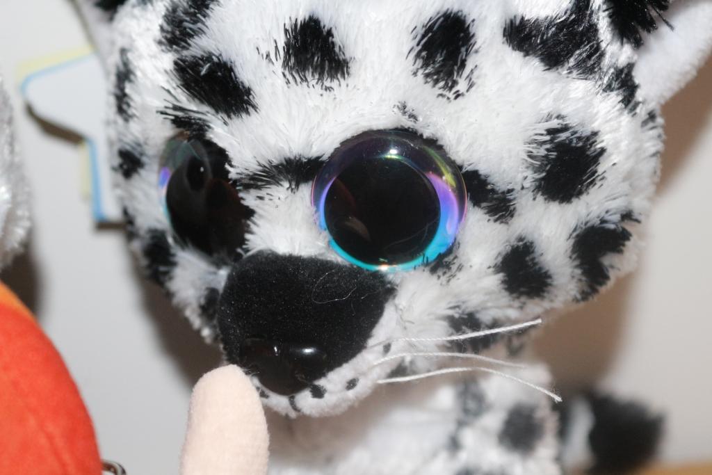 Lumo stars eyes
