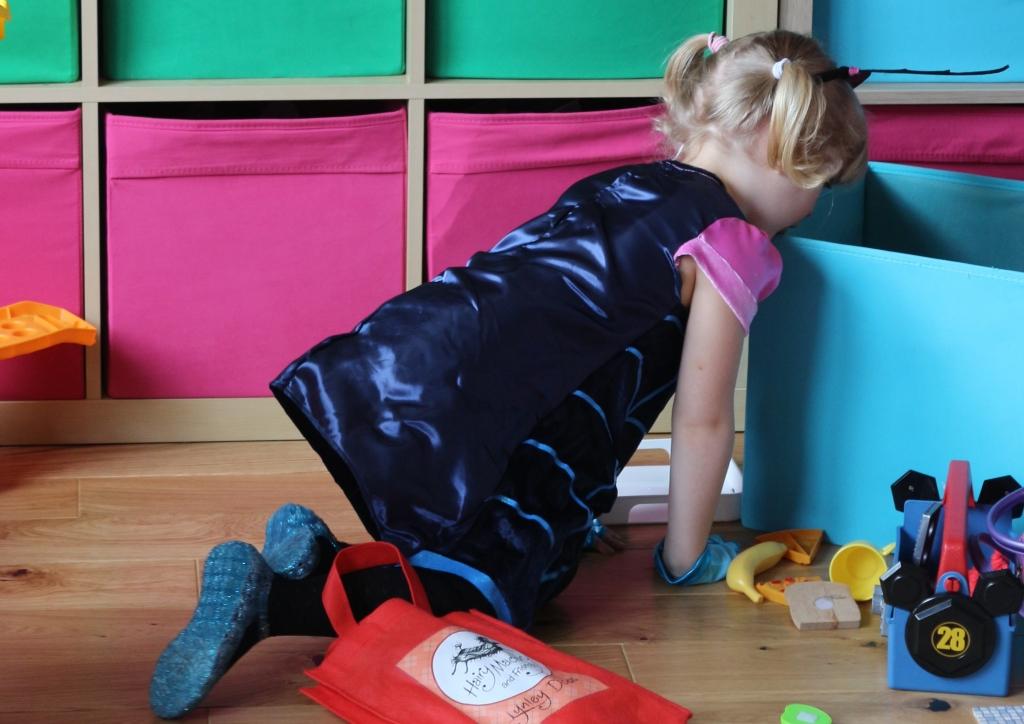 Vampirina Boo-Tiful dress: Dress up as Vampirina!