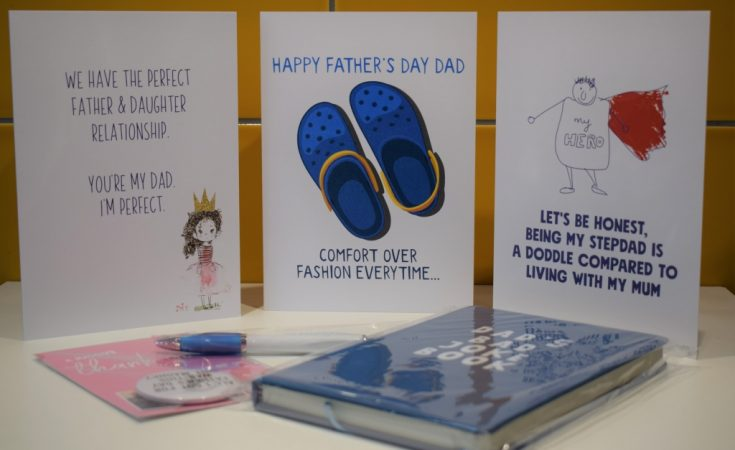 To A Magical Pops Unicorn Themed Fathers Day Card /& Badge For A Pops