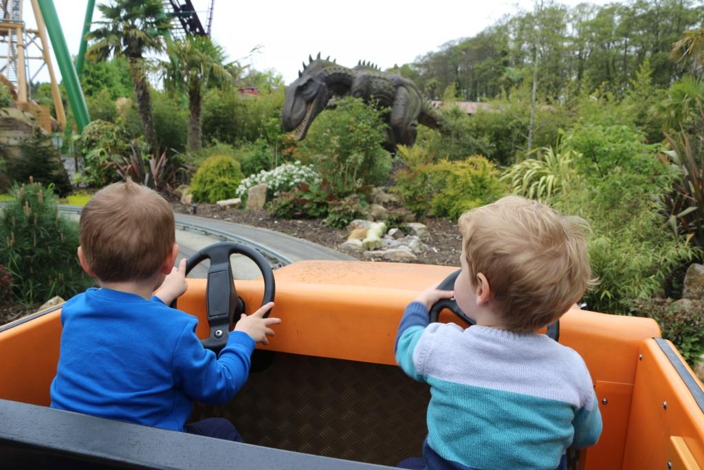 The Dinosaur Tour Co (Paulton's Park)