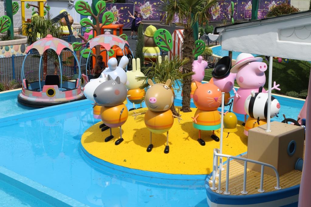 Peppa Pig World - new rides: Grampy Rabbit's sailing club