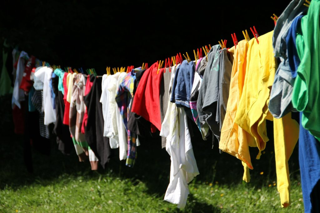 Save time on on your laundry - time saving hacks