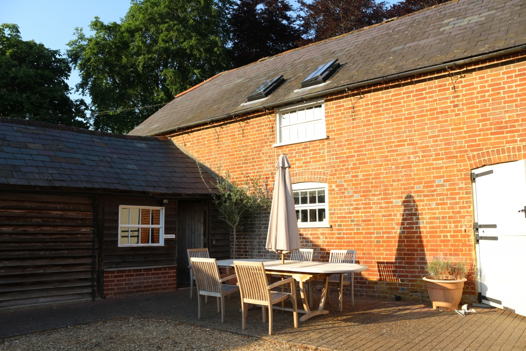 The Tallet holiday cottage, Manor Farm, Rockbourne Road, New Forest Hampshire