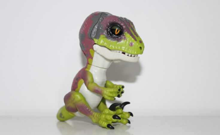 Untamed raptor - Fingerlings dinosaur