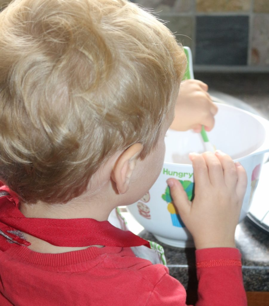 Top tips for family mealtimes - get them in the kitchen