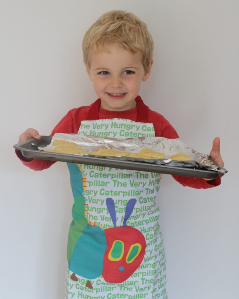 Top tips for family mealtimes (155)