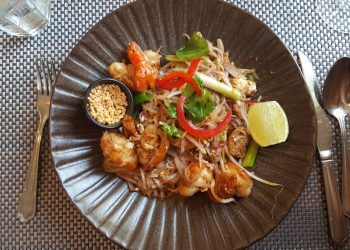 Giggling Squid Tunbridge Wells King Prawn Pad Thai