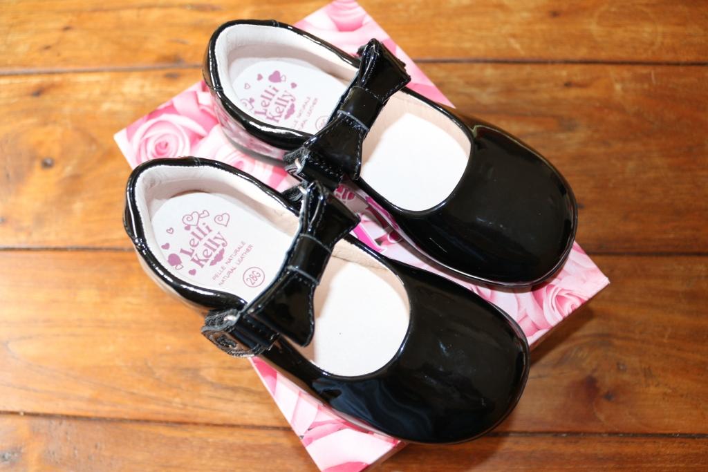Jake Shoes: Online school shoe shop