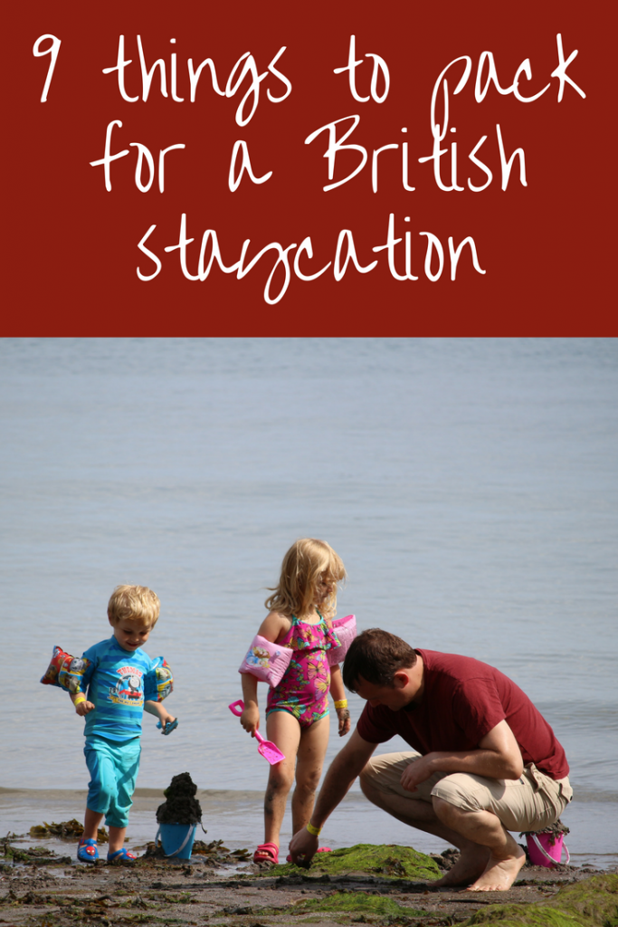 Must have things to pack for a family holiday UK staycation - what to pack and things to take #familytravel #packlight #packing #luggage #ukholidays #ukvacation #staycation #vacation #familyholidays #whattopack #ukstaycation