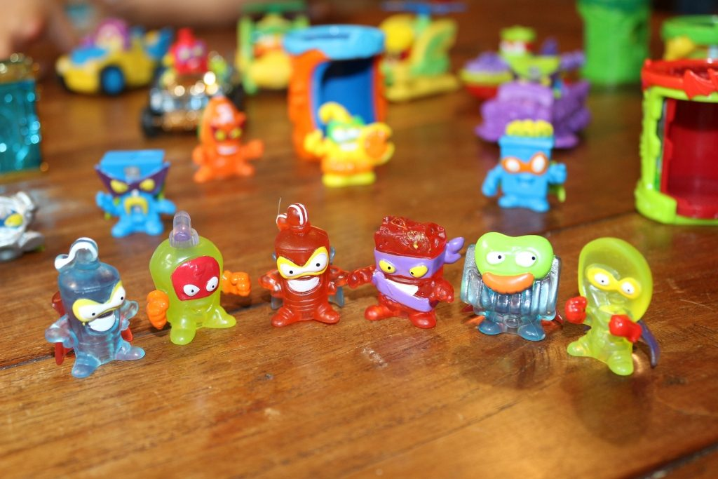 SuperZings series 2 Rivals of Kaboom crystal characters