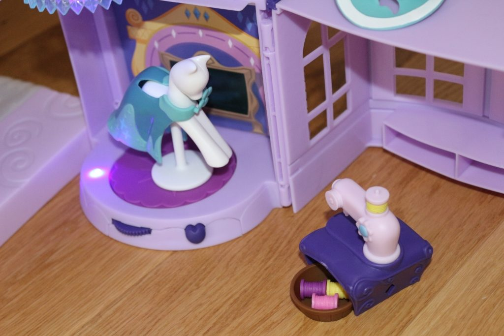 Twilight Sparkle Magical School of Friendship My Little Pony toys (45)