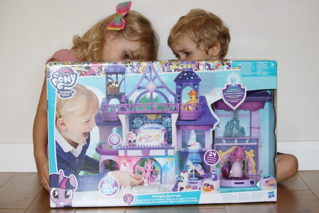 Twilight Sparkle Magical School of Friendship My Little Pony toys (7)