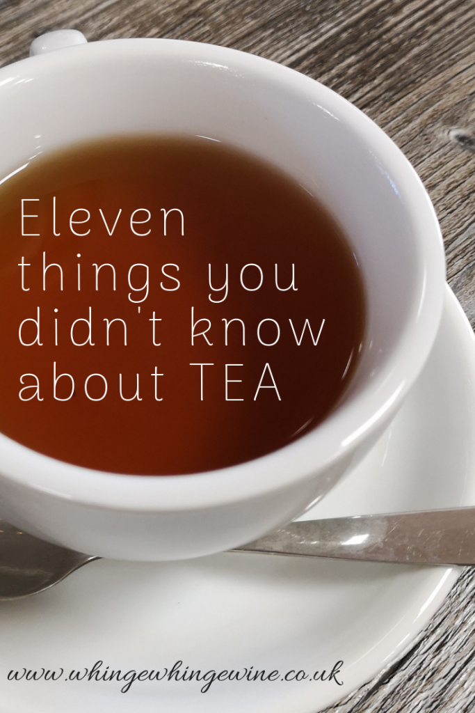 Eleven things you didn't know about TEA A Red Letter Days experience at Blends for Friends. Some facts about the humble brew which I didn't know before! White tea, black tea, green tea, yellow tea, blue tea, green tea, pu erh, oolong, lapsang souchong, flowering tea - should the milk go in first? What temperature do you brew tea at? Tips from a master brewer!