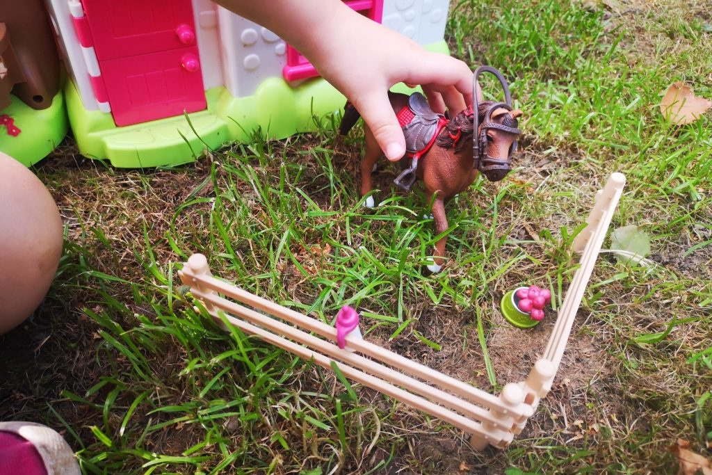 Schleich Horse Club horses and riders review