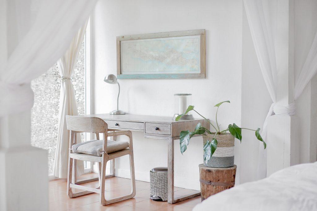 Very very white house interiors decor design