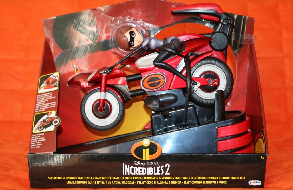 Elastigirl's Stretching & Speeding Elasticycle review Mrs Incredible Incredible 2 toys (3)