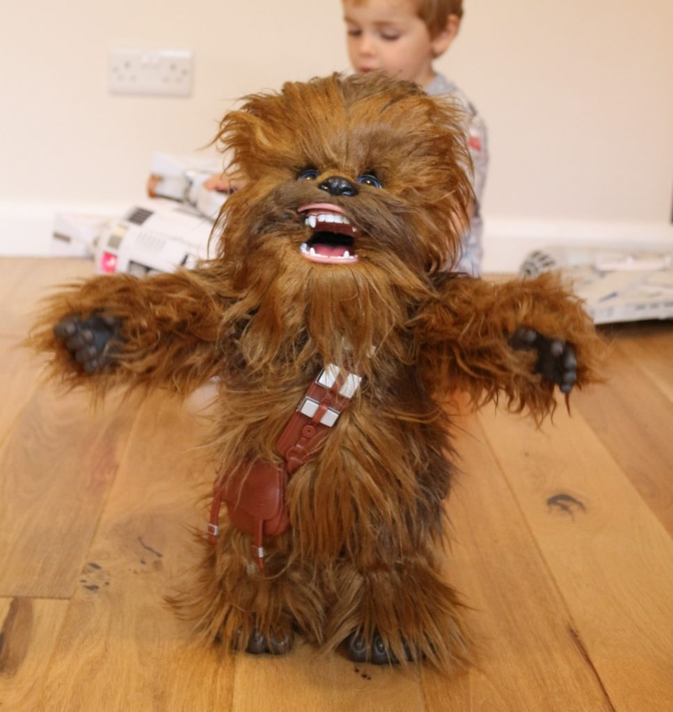 Ultimate Co-Pilot Chewie review: An interactive Star Wars Wookie from FurReal by Hasbro, Han Solo's sidekick Chewbacca will respond to your voice!
