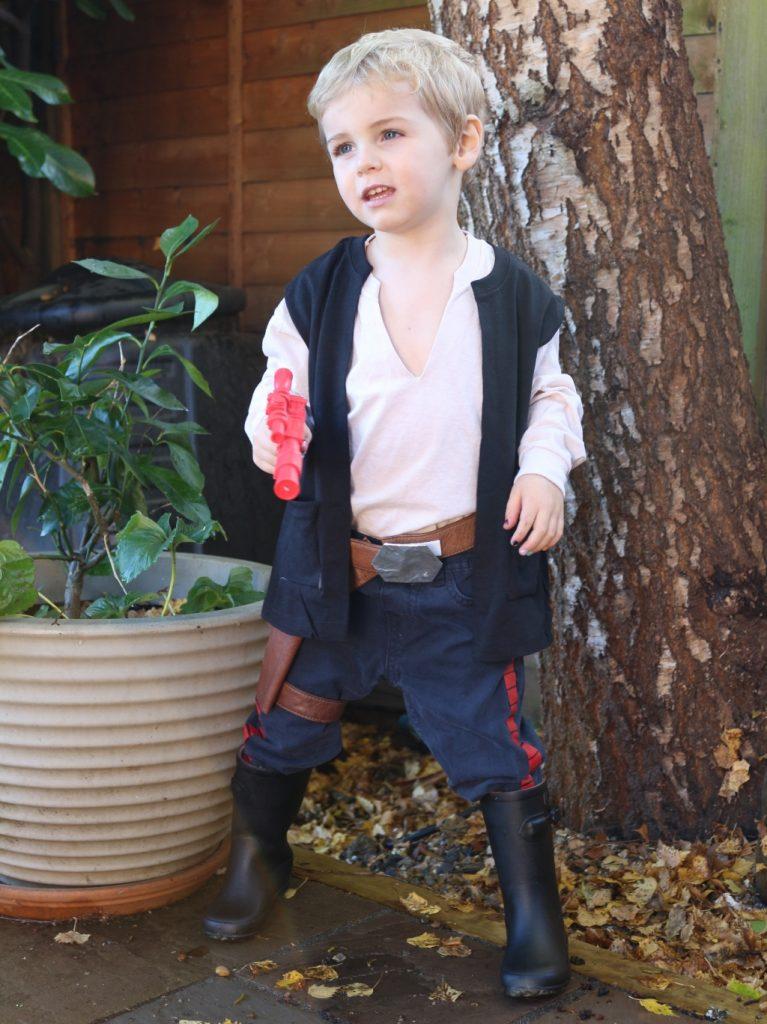 Han Solo children's costume no sew easy (8)