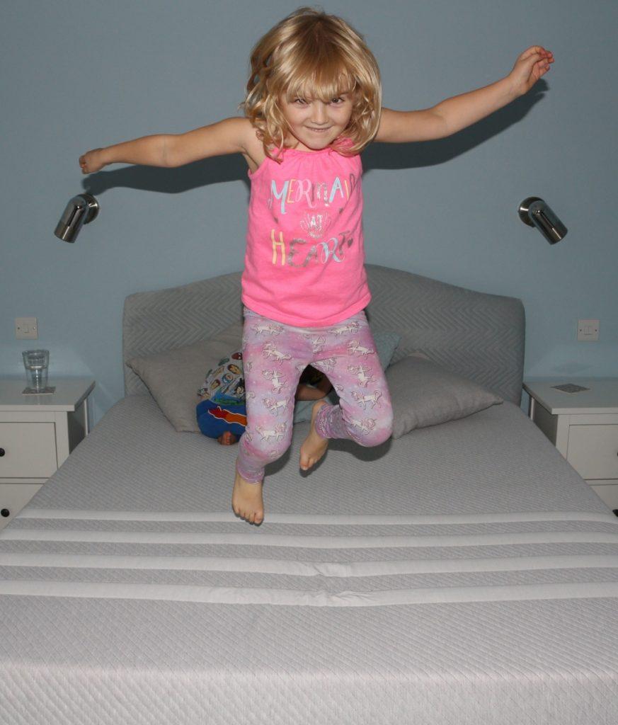 Leesa memory foam mattress review (28)
