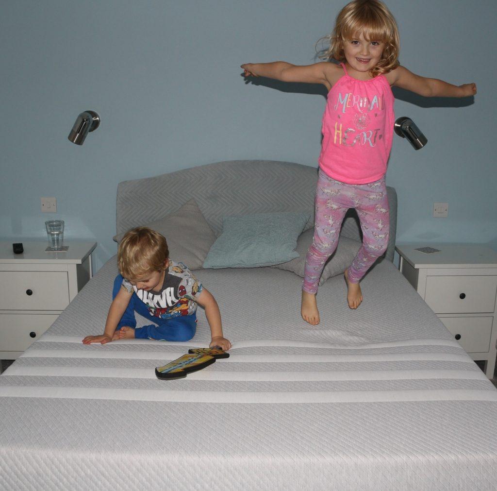 Leesa memory foam mattress review (30)