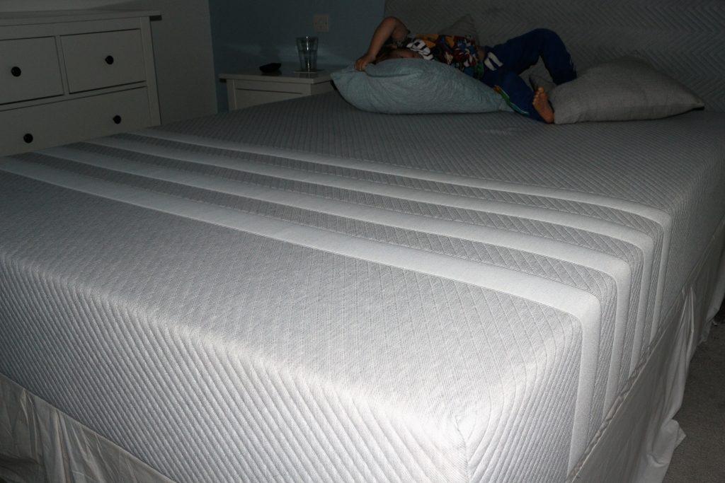 Leesa memory foam mattress review (40)