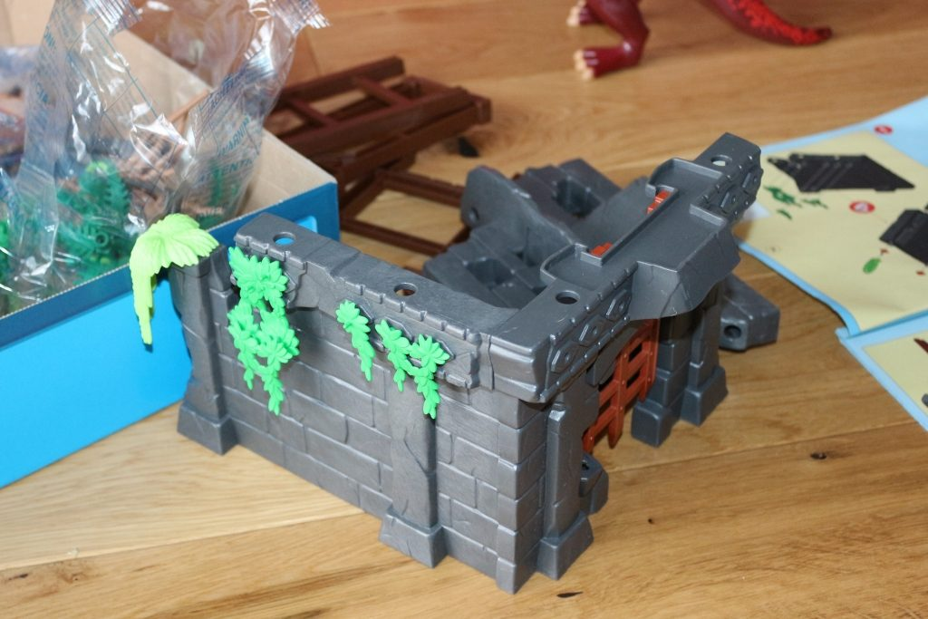Playmobil Hidden Temple with T-Rex review (15)