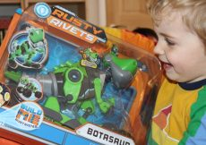 Rusty Rivets Botasaur review - the box