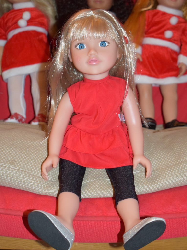 Argos Chad Valley Brooke Designafriend 18 inch fashion doll review (6)