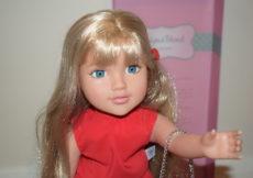 Brooke Designafriend 18 inch fashion doll review (11)