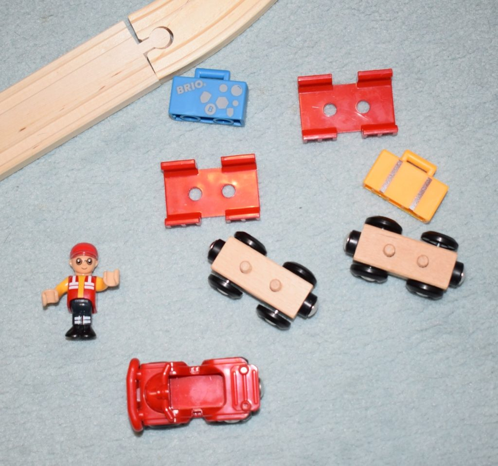 Brio World Airport Baggage Cart and Freight Ship & Crane review (12)