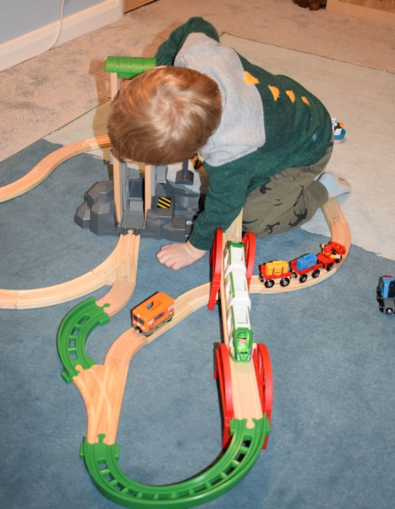 Brio World Airport Baggage Cart and Freight Ship & Crane review (48)