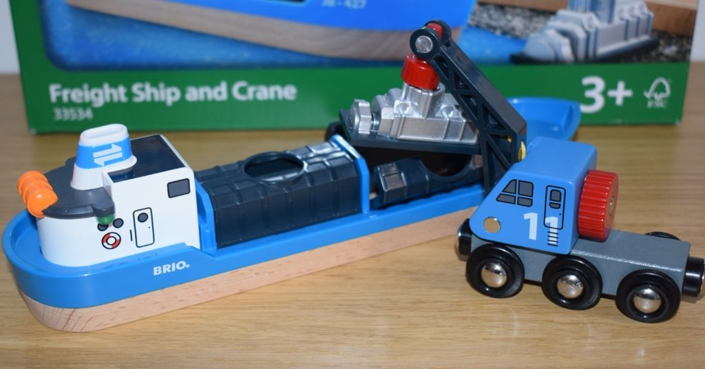 Brio World Airport Baggage Cart and Freight Ship & Crane review (81)