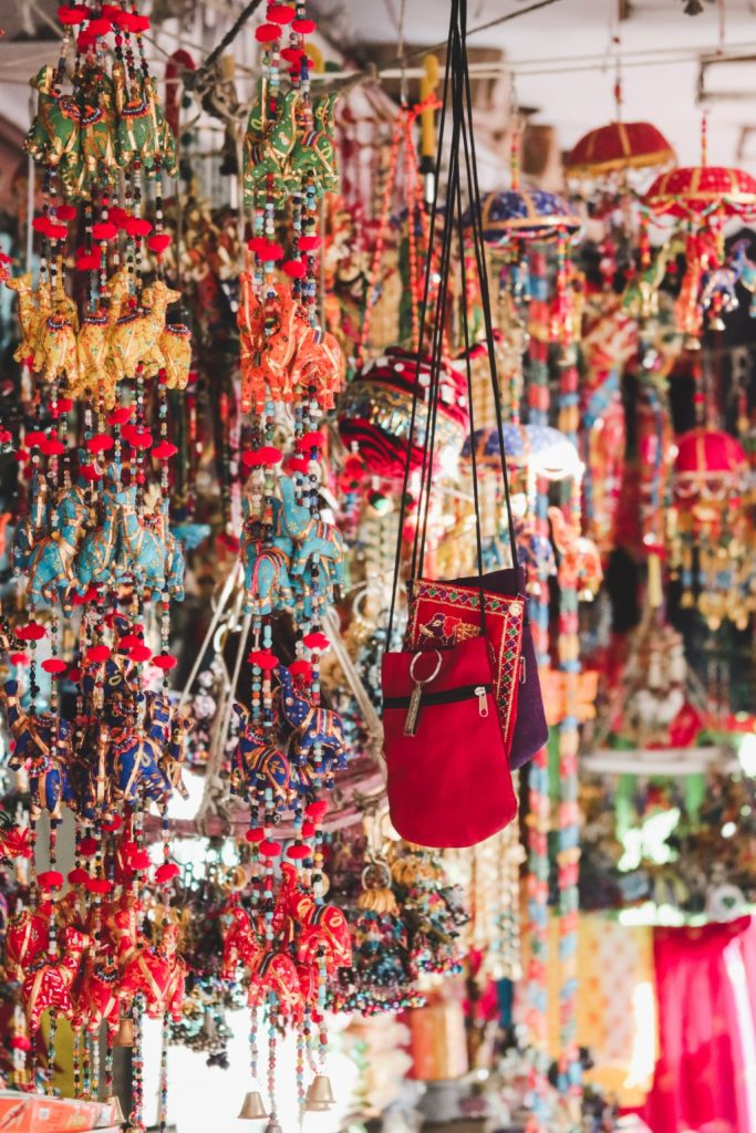 City break in Jaipur - stall at Indian bazaar