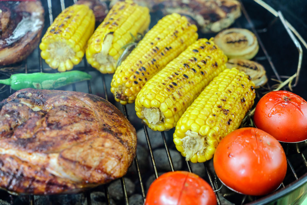 Barbecue grill with vegetables