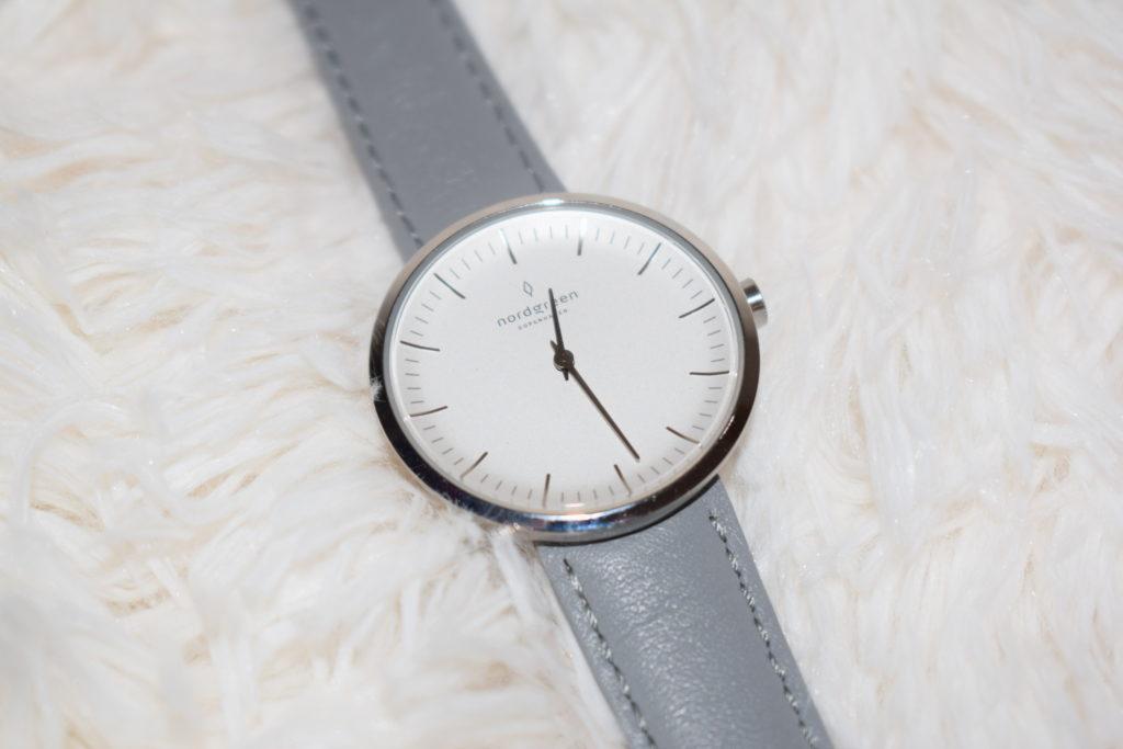 Nordgreen minimalist ladies watch review - Infinitity silver grey strap (14)