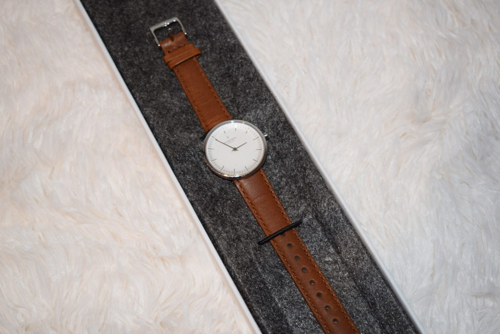 Nordgreen minimalist ladies watch review - Infinity silver brown strap (34)