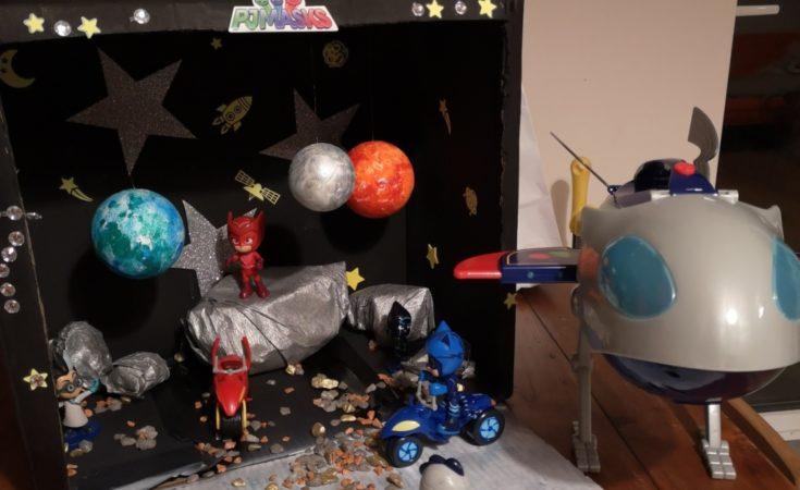 PJ Masks make a moon space playset